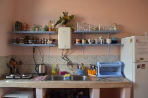 A kitchen or kitchenette at Old Town Hostel Split
