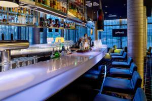 The lounge or bar area at Radisson Blu Hotel, Hamburg