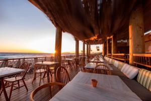 A restaurant or other place to eat at The Westin Resort, Costa Navarino