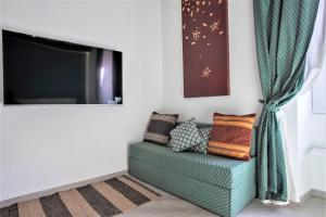 A television and/or entertainment center at Sidus Suite