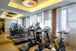 The fitness centre and/or fitness facilities at Insel Hotel Bonn - Superior