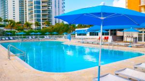 The swimming pool at or near Ramada Plaza by Wyndham Marco Polo Beach Resort