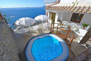 Piscina di Positano Villa Sleeps 4 Pool Air Con WiFi o nelle vicinanze
