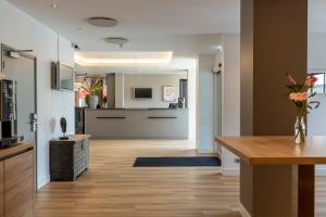 A kitchen or kitchenette at ibis Utrecht