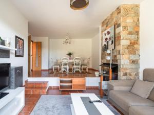 Zona de estar de Modern Holiday home in A Coruna with Pool