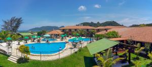 A view of the pool at Morro das Pedras Clube Hotel or nearby