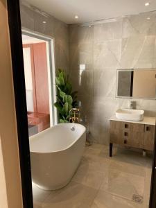 Um banheiro em Sydra Chalet