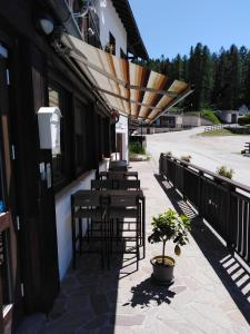 A restaurant or other place to eat at Hotel Francolini