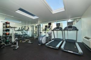 The fitness center and/or fitness facilities at Holiday Inn Express Edmonton Downtown, an IHG Hotel