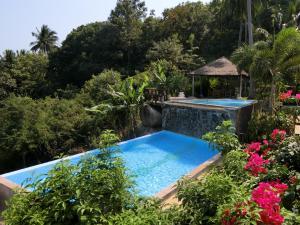 The swimming pool at or near Suan Sawan Ocean View