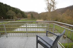 Ein Balkon oder eine Terrasse in der Unterkunft Hotel-Restaurant Forellenzucht