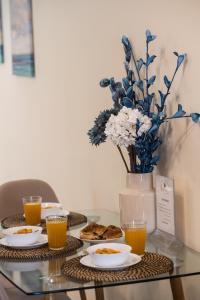 Breakfast options available to guests at Bounatsa Studios & Apartments