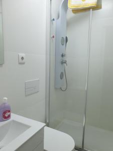 A bathroom at Charming House - Lisbon