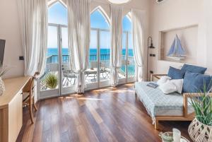 Ein Sitzbereich in der Unterkunft Casa Nova - Luxury Suites & Boutique Apart-Hotel
