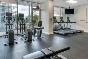 The fitness center and/or fitness facilities at Holiday Inn Orlando – Disney Springs™ Area, an IHG Hotel