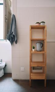A bathroom at Hub New Lisbon Hostel
