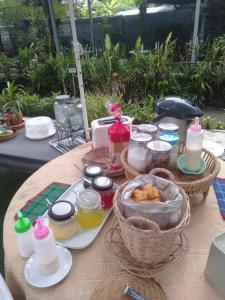 อาหารเช้าซึ่งให้บริการแก่ผู้เข้าพักที่ Meephawa Resort