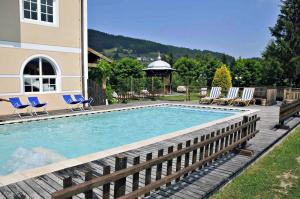 The swimming pool at or near Alpen Hotel Eghel