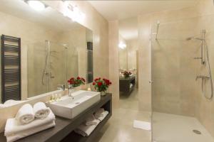 Łazienka w obiekcie Hotel Notabene
