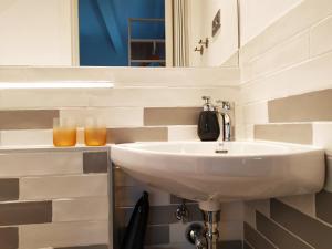 Salle de bains dans l'établissement Villa Isabela Bakio Rooms