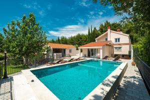 The swimming pool at or close to Luxury Vila Divina-Exceptional privacy