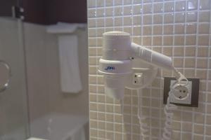 A bathroom at Hotel Real Balneario Carlos III