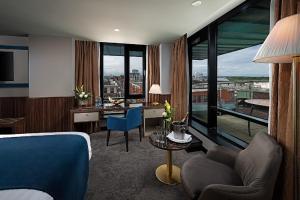Uma área de estar em The Savoy Hotel