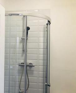 A bathroom at Townhouse @ 3 Balliol Street Stoke on Trent