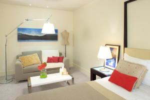 A seating area at Amfora Hvar Grand Beach Resort