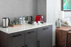 A kitchen or kitchenette at Grand Hyatt at SFO