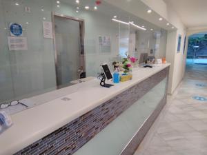 Ένα μπάνιο στο New Aegli Resort Hotel