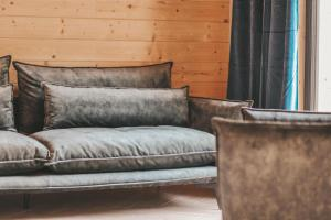 Część wypoczynkowa w obiekcie Zapach Drewna Domy na Mazurach
