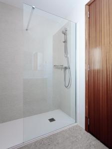 A bathroom at Hostal Vila del Mar