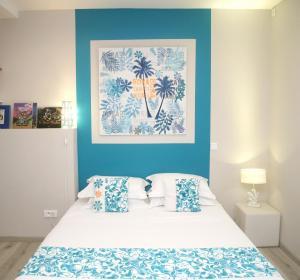 Cama ou camas em um quarto em Ocean view & spa