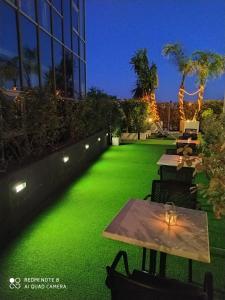 Jardín al aire libre en Hotel Sercotel Plana Parc