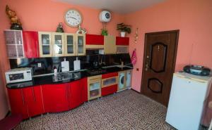 Кухня или мини-кухня в Гостевой дом Светлана