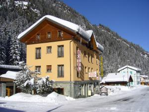 Hotel Suisse during the winter