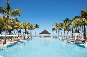 The swimming pool at or near Heritage Le Telfair Golf & Wellness Resort