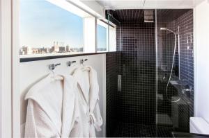Een badkamer bij The Standard - East Village