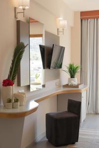 A bathroom at La Piscine Art Hotel, Philian Hotels and Resorts