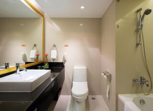 Łazienka w obiekcie Eastin Hotel Makkasan, Bangkok