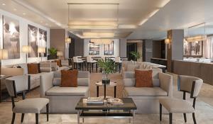 The lounge or bar area at Seda Centrio