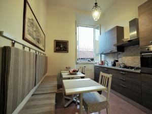 A kitchen or kitchenette at B&B Theodora