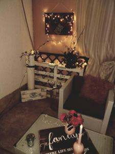 A seating area at Ninas dream
