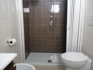 A bathroom at Hotel Tirreno Formia