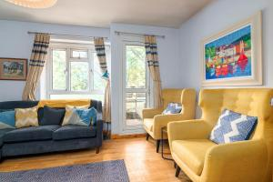 A seating area at GuestReady - Charming 1BR Highbury Flat with Balcony