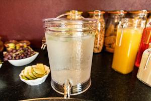 Drinks at Twin Peaks B&B