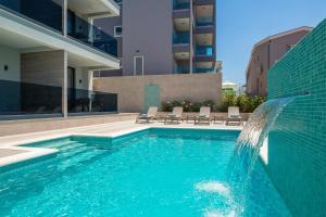 The swimming pool at or close to Fontevita Apartments