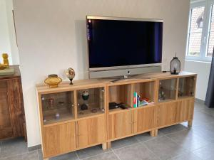 A television and/or entertainment centre at L'Orchidee