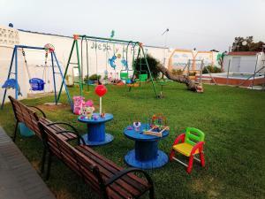 Zona de juegos infantil en Mis Princesas, con Barbacoa, Piscina, Parking privado, WiFi, y Canales internacionales